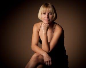 Portrait Frau im Fotostudio