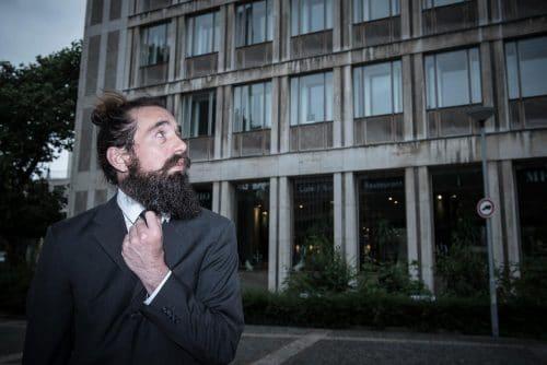 Fotoshooting mit bärtigem Mann in Wuppertal