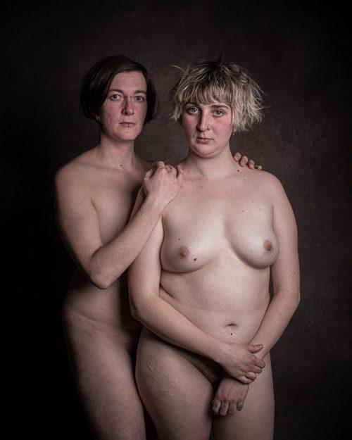 Nackte Schwestern-5
